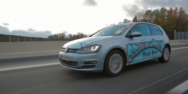 "21 660x330 - VW Golf TDI – ""Think blue""!"