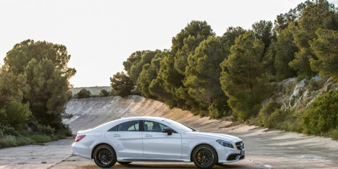 "202 660x330 - Test: Mercedes CLS 63 AMG – ""one man, one engine"""