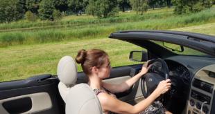 Cabrio 310x165 - Klassiker und Sportwagen fit für die Sommersaison machen